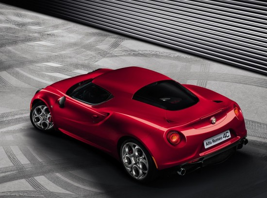 Alfa Romeo 4C rear view