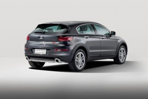 Qoros 3 Cross Hybrid Concept - rear qtr