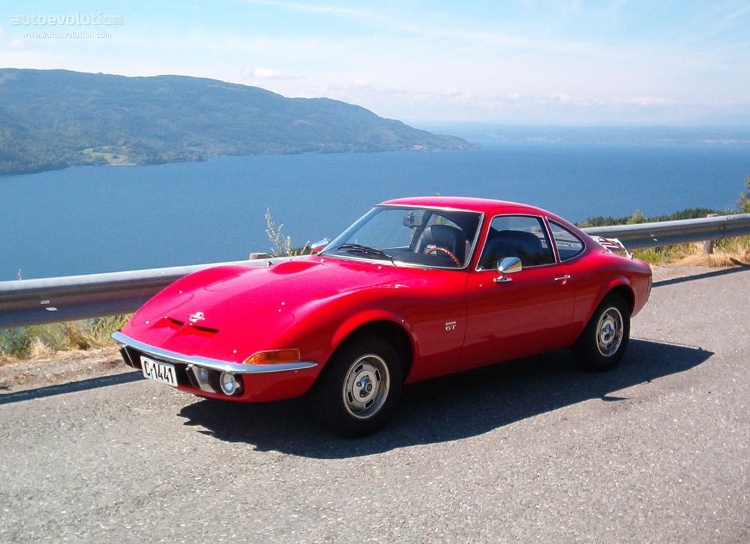 Fantasy Friday: Opel GT